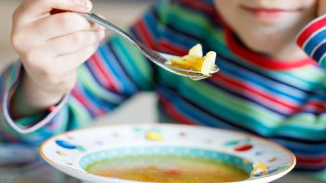 Kto bude môcť dostať dotáciu na stravu v škol.roku 2021/2022?